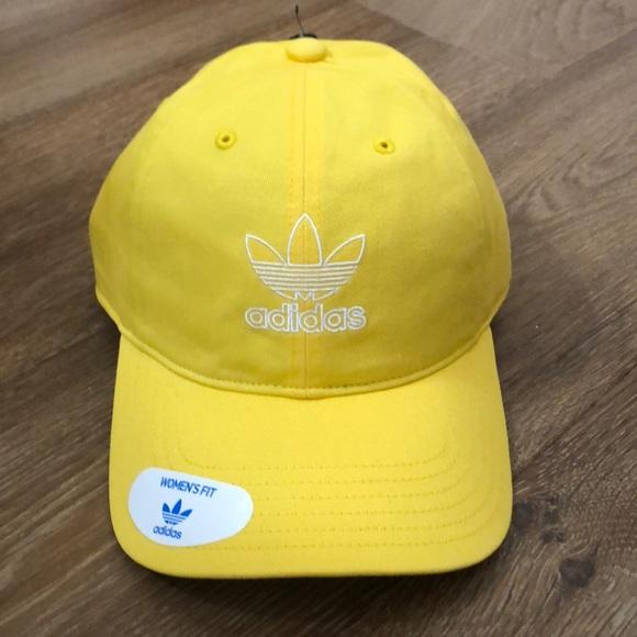 8b3fd742cc adidas Originals Relaxed outline strapback hat NWT